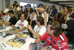 Autograph session: Mario Dominguez, Rodolfo Lavin and Jimmy Vasser