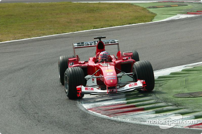 Monza é o circuito mais veloz da F1 atual. Ali foi registrada a pole position com maior velocidade média da história: Rubens Barrichello, em 2004, com 260.935 km/h.