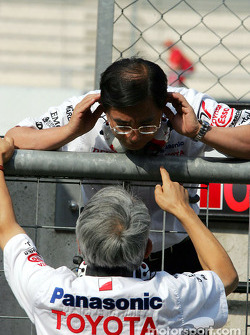 Keizo Takahashi, Director Technical Coordination at Toyota, in a conversation with Toyota Team Principal Tsutomu Tomita