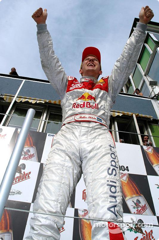 Podium : le vainqueur et DTM 2004 champion Mattias Ekström