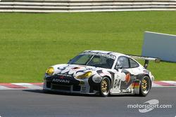 La Porsche 911 GT3 RS n°84 du Seikel Motorsport (Tony Burgess, Philip Collin)