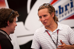 Renger Van Der Zande, talks to an engineer