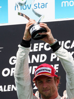 Podium: 3de Jenson Button, McLaren Mercedes