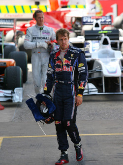 Sebastian Vettel, Red Bull Racing et Michael Schumacher, Mercedes GP
