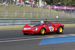 #38 Ferrari 206 Dino 1964: Harry Leventis, Gregor Fisken, Bobby Verdon-Roe