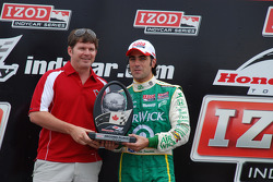 Podium: second place Dario Franchitti, Target Chip Ganassi Racing