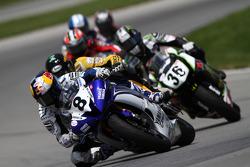 #8 Team Graves Yamaha - Yamaha YZF-R6: Josh Herrin takes the lead