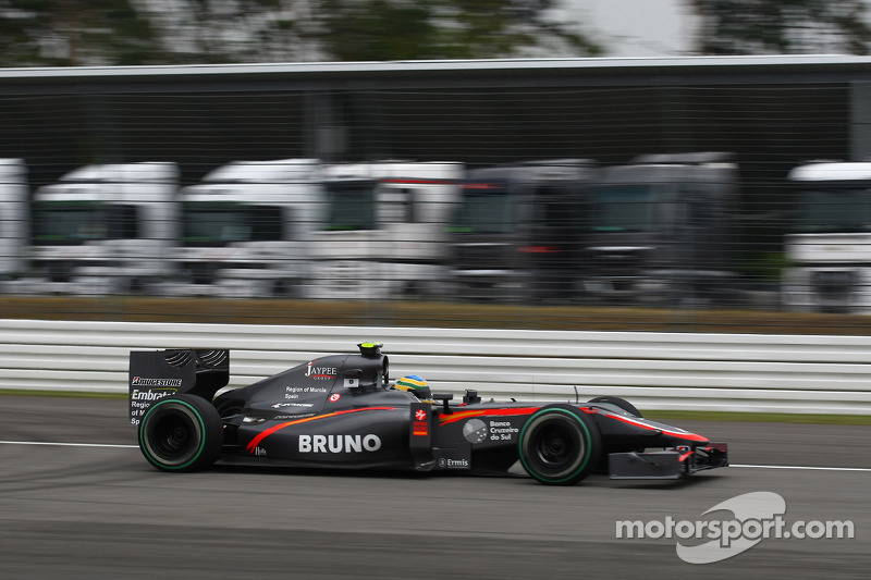 2010: Bruno Senna, Hispania Racing Team F110 (no llevaron aleta)