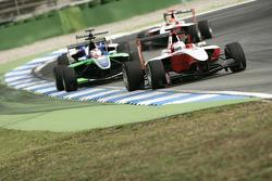Pedro Nunes leads Daniel Morad