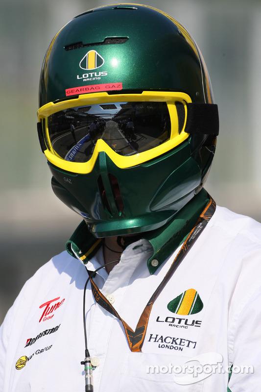 Lotus F1 Team mecanicien