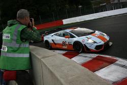 #86 Gulf Team First Lamborghini LP560-4 GT3: Didier André, Grégoire De Moustier, Mike Wainwright, Roald Goethe