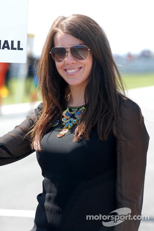 Sophie Fisher, gridgirl James Nash