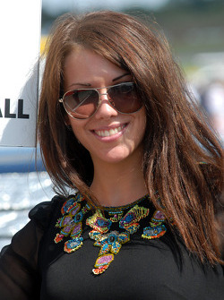 Sophie Fisher: grid girl de James Nash