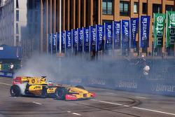 Jan Charouz, piloto reserva de Renault F1 Team
