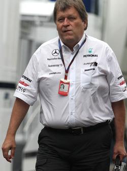 Norbert Haug, Mercedes, Motorsport chief