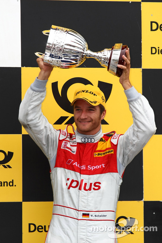 Podium: 3de Timo Scheider, Audi Sport Team Abt