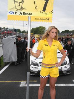 Paul di Resta's gridgirl