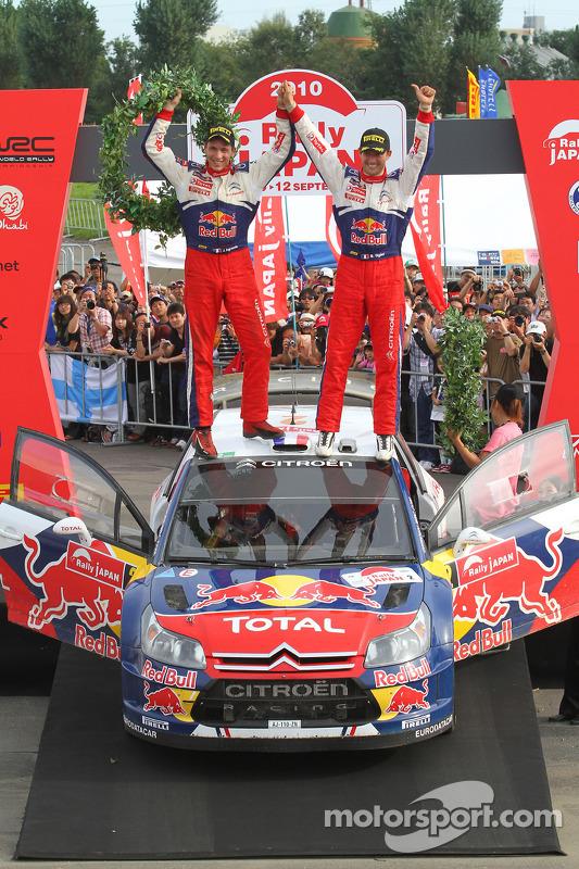 Podium: winnaars Sébastien Ogier en Julien Ingrassia