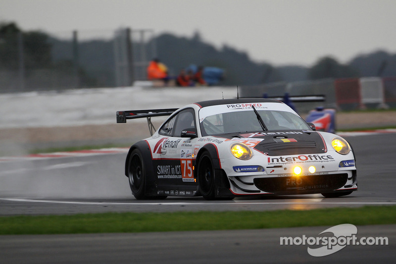 #75 Prospeed Competition Porsche 997 GT3 RSR: Marco Holzer, Richard Westbrook