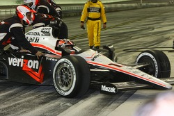 Will Power, Team Penske is pushed behind the wall
