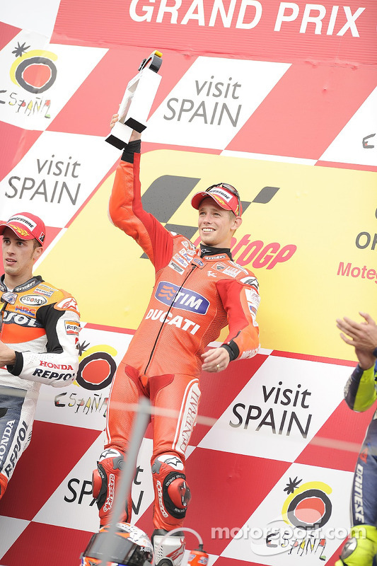 Podium : le vainqueur Casey Stoner, Ducati Marlboro Team