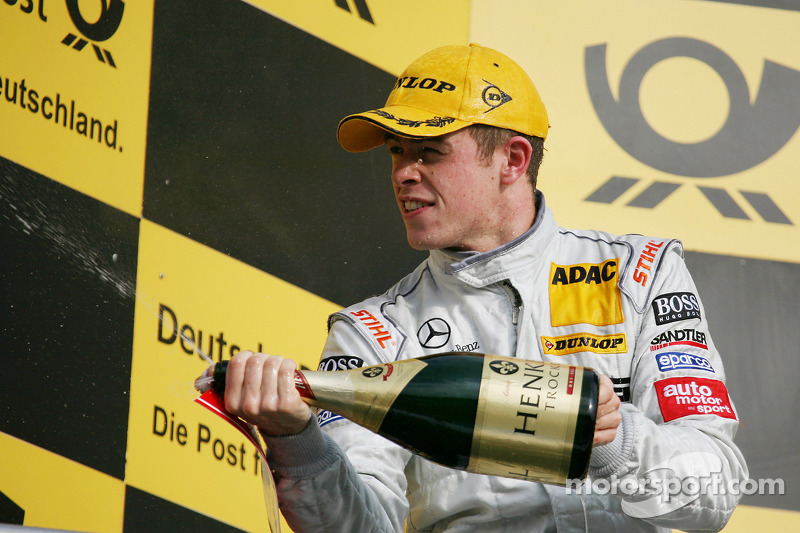 Podium: race winnaar Paul di Resta, Team HWA AMG Mercedes C-Klasse