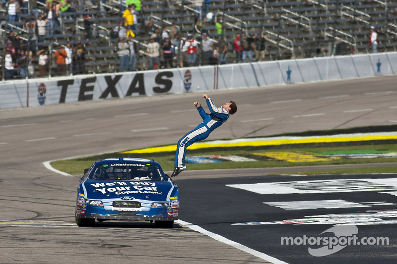 Race winnaar Carl Edwards