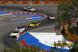 #4 Swiss Racing Team Nissan GT-R: Seiji Ara, Max Nilsson leads a group of cars