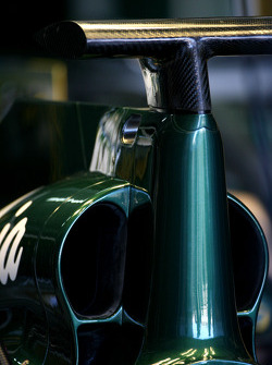 Team Lotus technical detail, engine cover