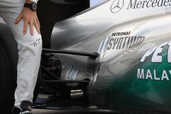 Mercedes MGP W02: Aufhängung