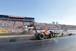 """Shawn Langdon """"far"""" overpowers Tony Schumacher """"near"""" round two of eliminations"""