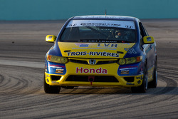 #98 89 Racing Team Honda Civic SI: Daniel Blanchette, Jocelyn Hébert