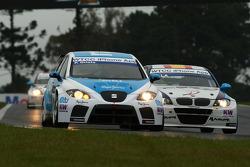 Pepe Oriola, SEAT Leon 2.0 TDI, SUNRED and Javier Villa, BMW 320 TC, Proteam Racing