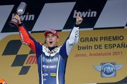 Podium : Jorge Lorenzo, Yamaha Factory Racing, fête sa victoire