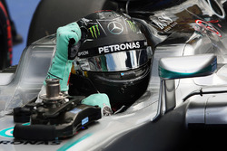 Nico Rosberg, Mercedes AMG F1 W07 Hybrid celebrates his pole position in parc ferme