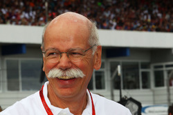 Dr. Dieter Zetsche, CEO de Daimler AG sur la grille