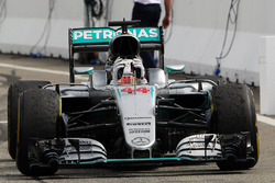 Race winner Lewis Hamilton, Mercedes AMG F1 W07 Hybrid celebrates as he enters parc ferme