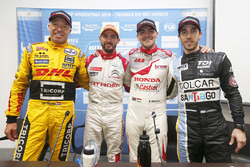 Polesitter José María López, Citroën World Touring Car Team, Citroën C-Elysée WTCC, second place Norbert Michelisz, Honda Racing Team JAS, Honda Civic WTCC, third place Tom Coronel, Roal Motorsport, Chevrolet RML Cruze TC1, Esteban Guerrieri, Campos Racing