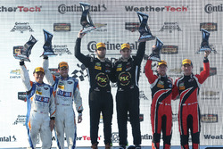 PC podium: Robert Alon, Tom Kimber-Smith, PR1 Mathiasen Motorsports, second place Jon Bennett, Colin Braun, CORE autosport, third place James French, Kyle Marcelli, Performance Tech Motorsports