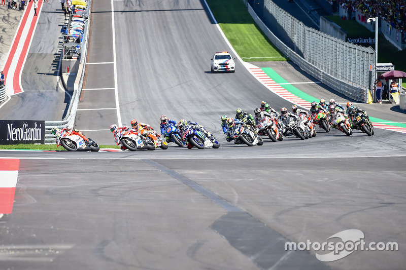 Andrea Iannone, Ducati Team leads at the start of the race