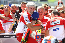 Ganador, Andrea Iannone, Ducati Team y Gigi Dall'Igna, Ducati Team