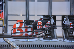 Front wing Toro Rosso STR 11, detail