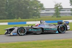 Адам Кэрролл, Jaguar Racing