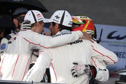 Siegers #1 Porsche Team, Porsche 919 Hybrid: Mark Webber, Brendon Hartley, Timo Bernhard