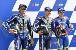 Polesitter Jorge Lorenzo, Yamaha Factory Racing; 2. Valentino Rossi, Yamaha Factory Racing; 3. Maverick Viñales, Team Suzuki Ecstar MotoGP
