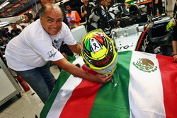 Antonio Perez, father of Sergio Perez, Sahara Force India F1 Team