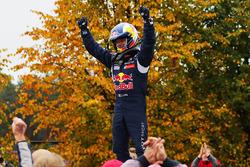 Race winner Sébastien Loeb, Team Peugeot Hansen
