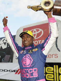 Top Fuel galibi Antron Brown