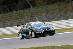 Simon Larsson, Target Competition, SEAT Leon TCR