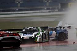 Crash, #50 YACO Racing, Audi R8 LMS: Philip Geipel, Rahel Frey und #6 HB Racing Lamborghini Huracán GT3: Elia Erhart, Kelvin Snoekstein